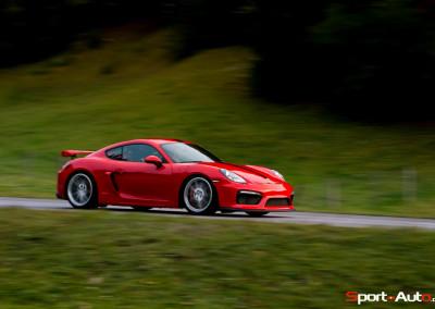 Porsche-Cayman-GT4-24