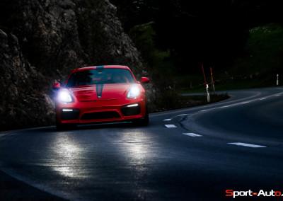 Porsche-Cayman-GT4-99