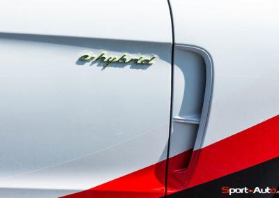 PorschePanameraTurboS-Hybrid-16