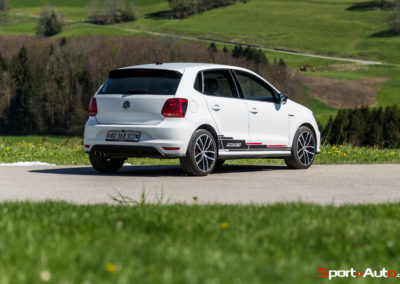 VW-PoloGTI-230-25