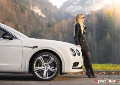BentleyFlyingSpur-77
