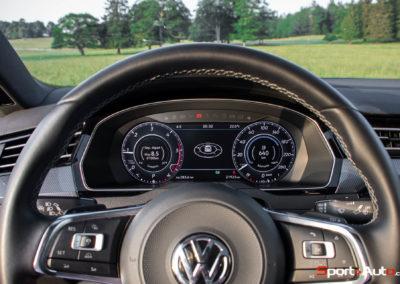 VW-Arteon-RLine-45