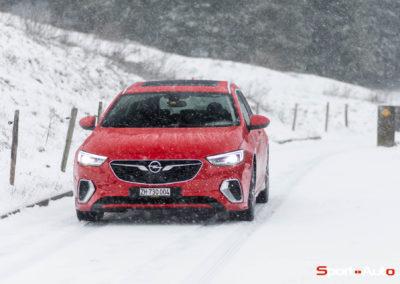 Opel-Insignia-Sports-Tourer-GSI-14