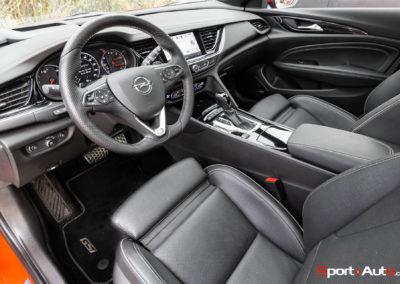 Opel-Insignia-Sports-Tourer-GSI-80