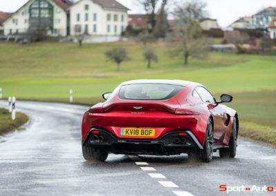 Aston-Martin-Vantage-Seb-3