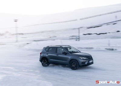 Cupra-Ateca-Snow-Driving-Mike-36