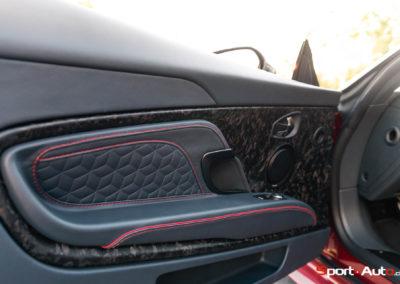 Aston Martin DBS Superleggera Bob -102