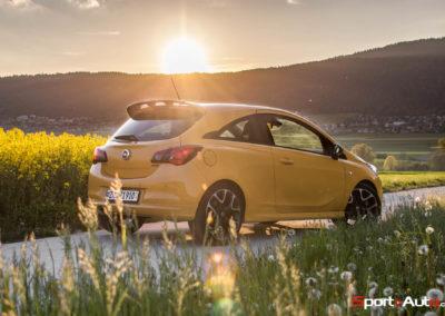 Opel Corsa GSi -12