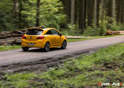 Opel Corsa GSi -31