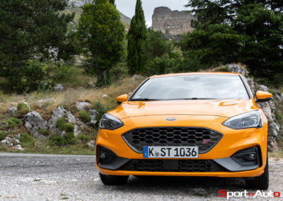 Ford Focus ST 2019 -8