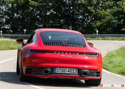Porsche 911 992 Carrera Gilles -1