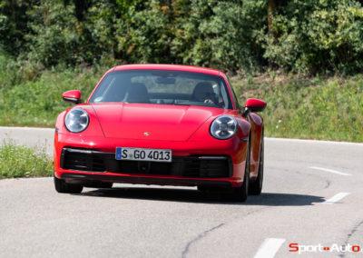 Porsche 911 992 Carrera Gilles -10