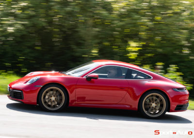 Porsche 911 992 Carrera Gilles -3