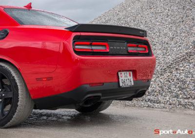 Dodge Challenger SRT Hellcat -13
