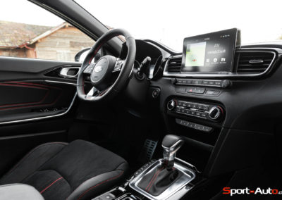 Kia ProCeed GT -16