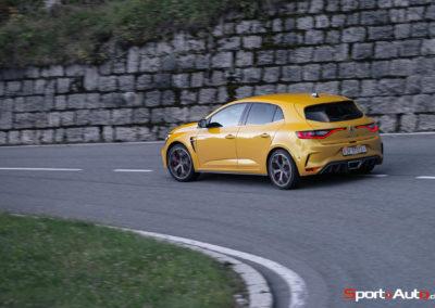 Renault Megane RS Trophy -40
