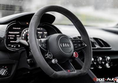 Audi R8 V10 Performance -135