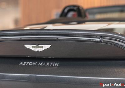 Aston Martin Vantage Roadster Showroom -12