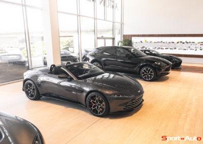 Aston Martin Vantage Roadster Showroom -17
