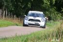 Urs Hunziker se distingue au volant d'une Mini WRC