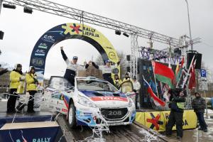 ERC Rallye de Lettonie - victoire de Breen, grosse sortie pour Hirschi dans l'ES1 (vidéo)