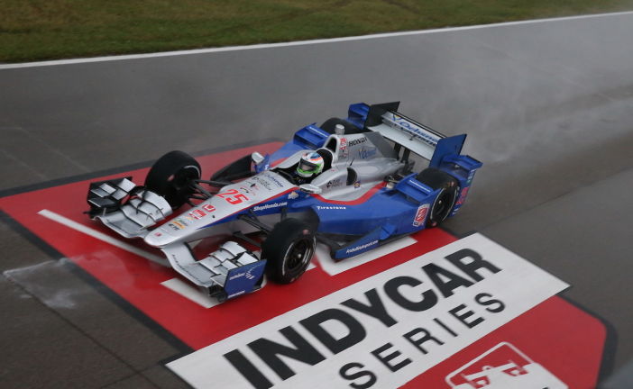 IndyCar – Simona de Silvestro knapp am Podest vorbei