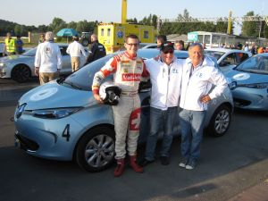 03-Le trio vainqueur@Photo  Renault Suisse