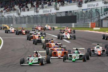 ADAC Formel 4 – Marvin Dienst wins first race after the summer break