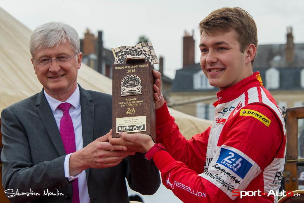 24h Mans 2016 - Mathéo Tuscher honoré lors de la parade des pilotes