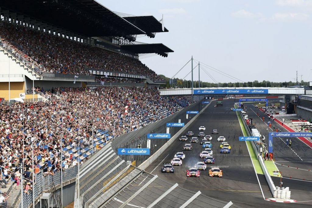 DTM Lausitzring – Week-end difficile et quelques points pour Nico Müller et Edoardo Mortara