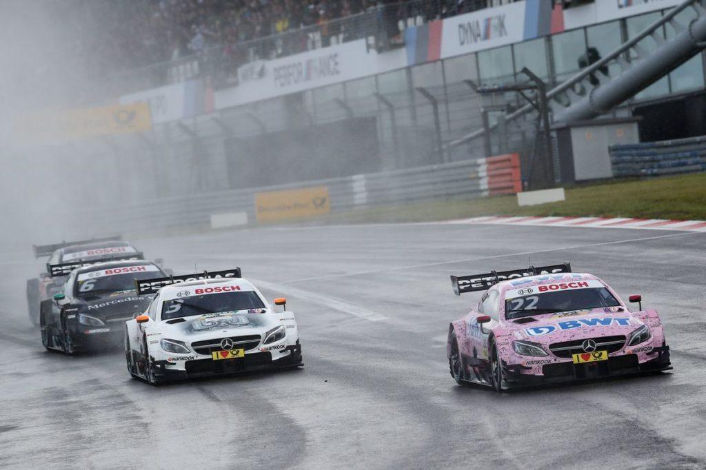 DTM – Mercedes maîtrise la météo de l'Eiffel