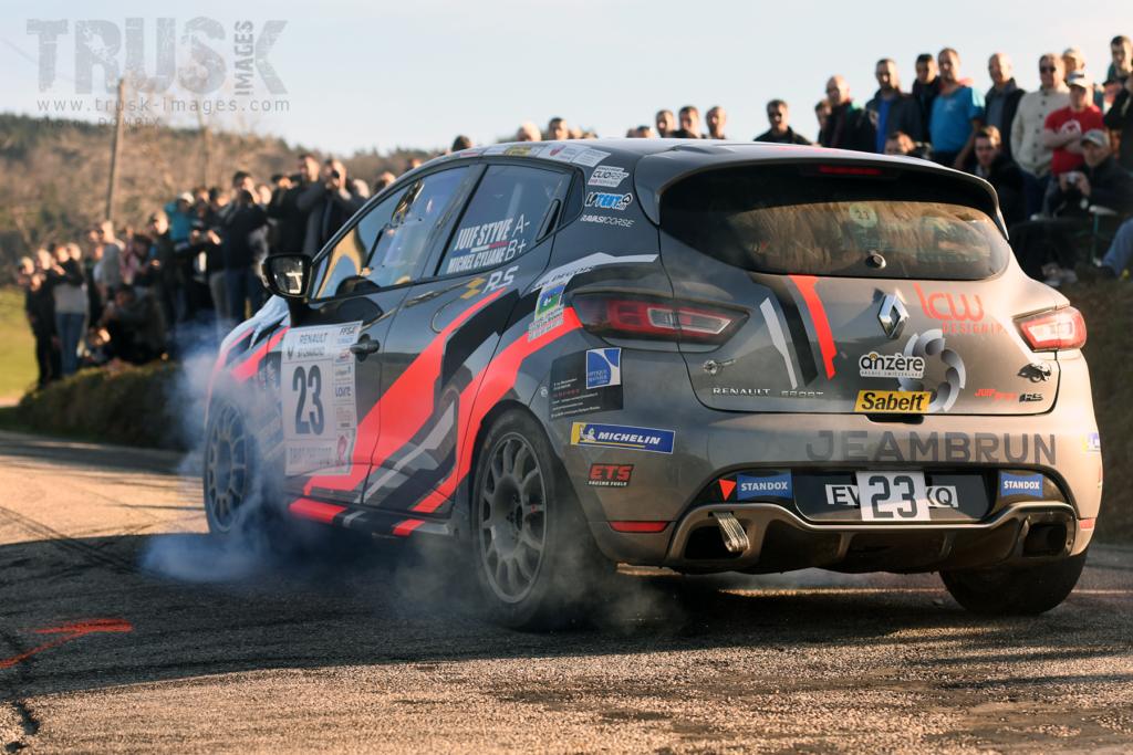 Rallye Pays du Gier - Clio R3T Alps Trophy : Styve Juif s'imposent au bout du suspense !