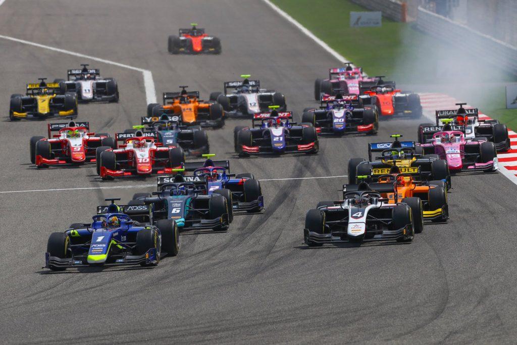 FIA F2 – GP du Bahreïn: Louis Delétraz débute bien la saison, Ralph Boschung à la porte des points