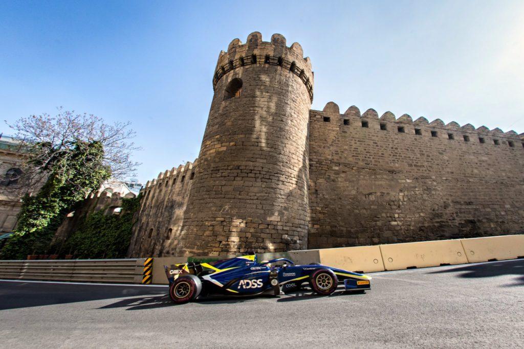 FIA F2 – GP de Baku: Louis Delétraz et Ralph Boschung malchanceux. Podium pour le Sauber Junior Team