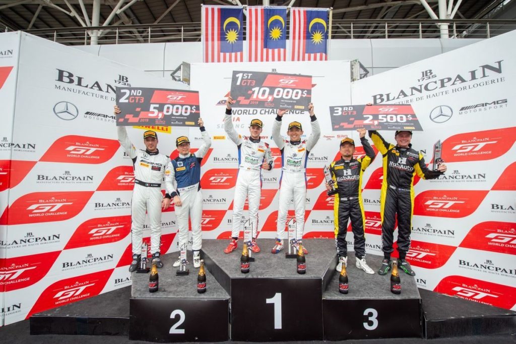 Blancpain GT WC Asia - Craft-Bamboo's Lee and Picariello claim thrilling Race 1 victory at Sepang