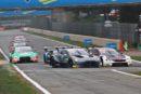 Punktepremiere für Jake Dennis im Aston Martin Vantage DTM