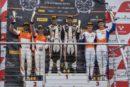 Sieg und Podium für Patric Niederhauser in Brands Hatch