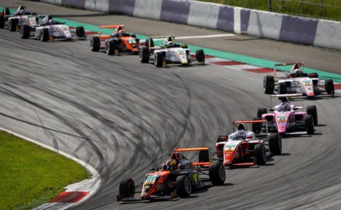 Aron und Pourchaire feiern ersten Sieg in der ADAC Formel 4
