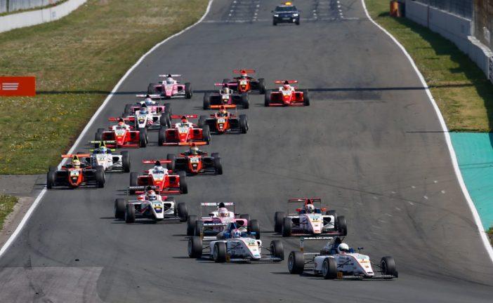 ADAC Formel 4 gibt auf dem Red Bull Ring Vollgas