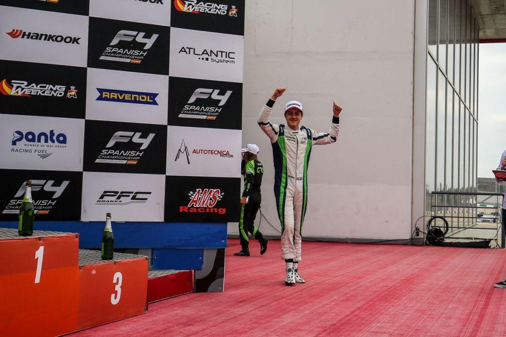 Formule 4 - Axel Gnos sur le podium à Portimao