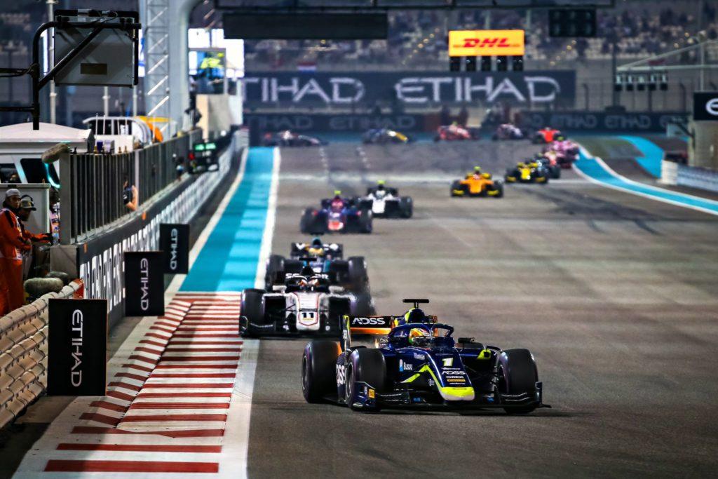 FIA F2 – GP d'Abu Dhabi: Louis Delétraz deux fois au pied du podium.