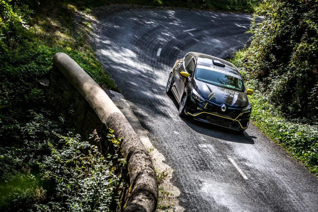 Rallye du Mont-Blanc - Trente-sept équipages en Clio Trophy pour une première historique à Morzine