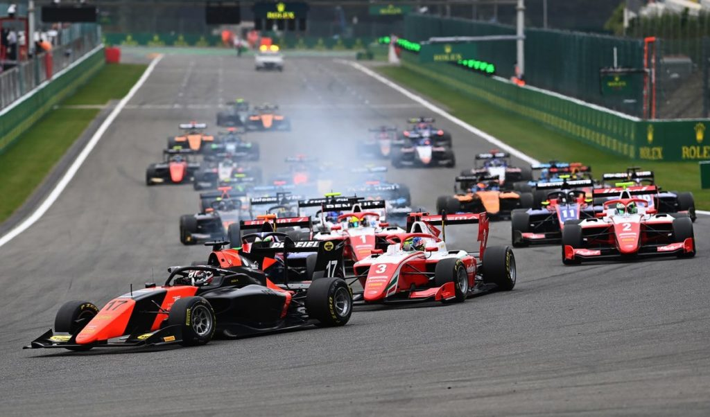 F3 - Sargeant returns to the top of the Championship with dominant Spa Race 2 win, ahead of teammate Vesti