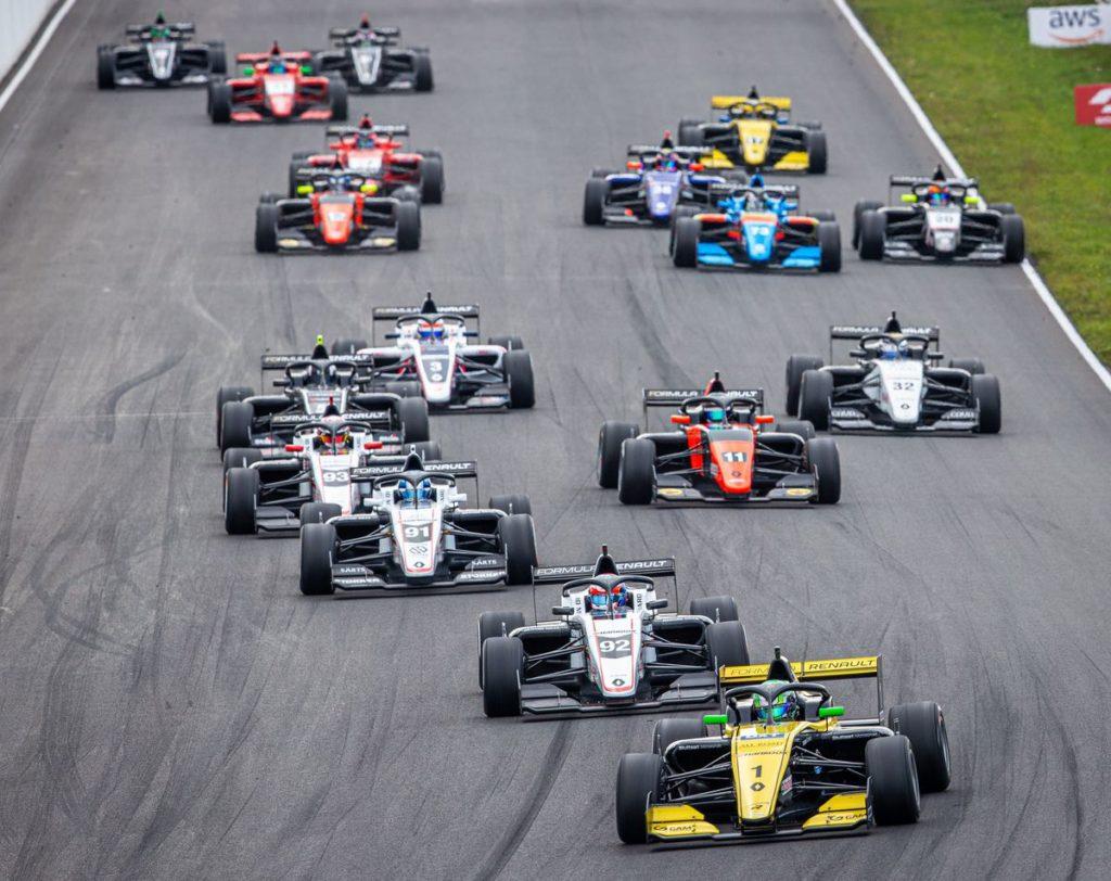 Formula Renault Eurocup - Caio Collet réplique à Zandvoort, nouveau top 10 pour Grégoire Saucy