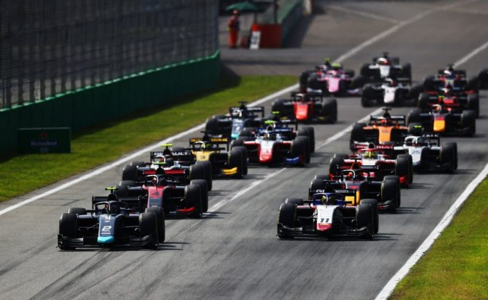 Ticktum controls Monza Sprint Race for second F2 win, as Ilott retakes the Championship lead with P2