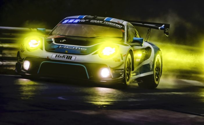 KCMG fights for Nürburgring 24 Hours podium with Porsche