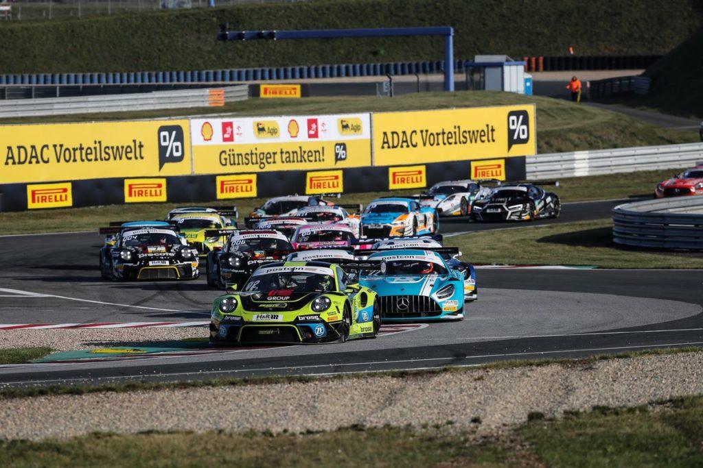 ADAC GT Masters - Patric Niederhauser perd le titre lors d'un week-end noir