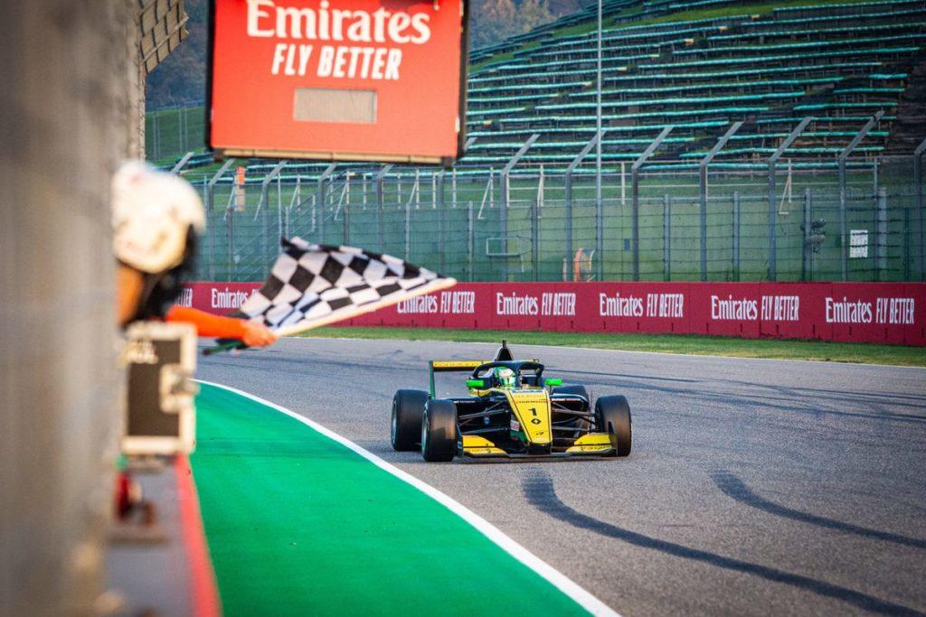 Eurocup Formule Renault - Caio Collet fait la bonne opération à imola, Grégoire Saucy abandonne