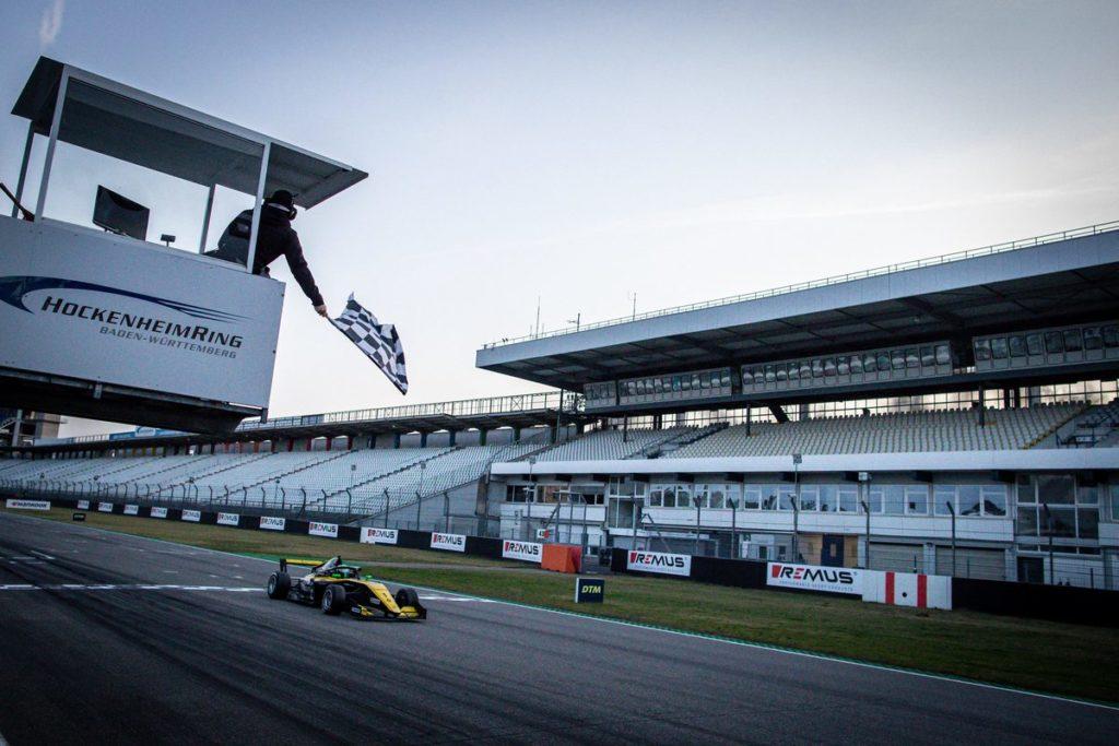 Formula Renault Eurocup - Caio Collet préserve le suspense à Hockenheim, Grégoire Saucy contraint à l'abandon